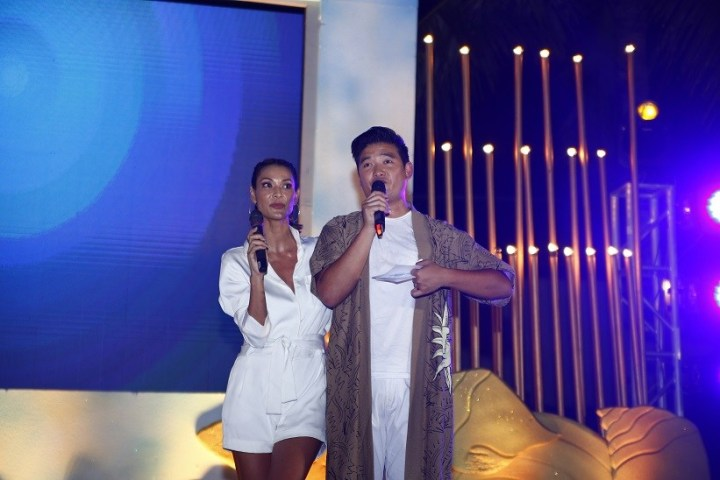 Summer-Soul-party-hosts-Joey-Mead-and-Tim-Yap
